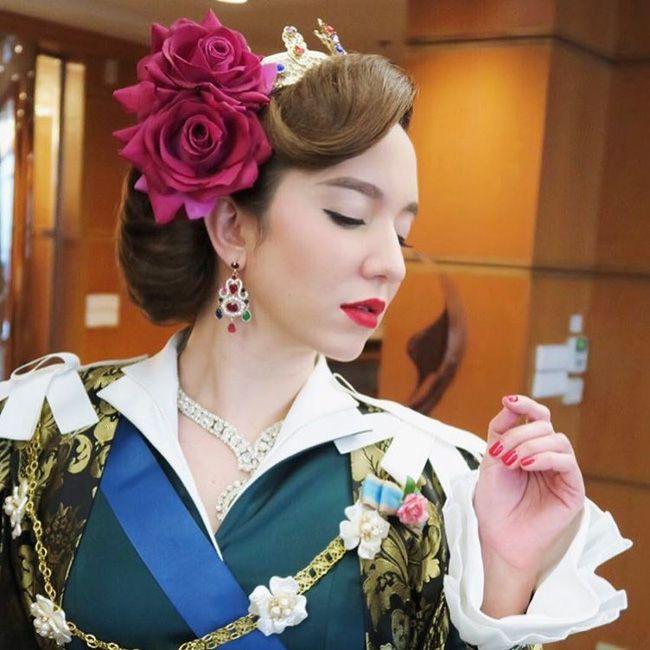 """Ngắm nhan sắc tuyệt đẹp của nữ hoàng Bahadur trong """"Hoàng Cung"""" (1)"""