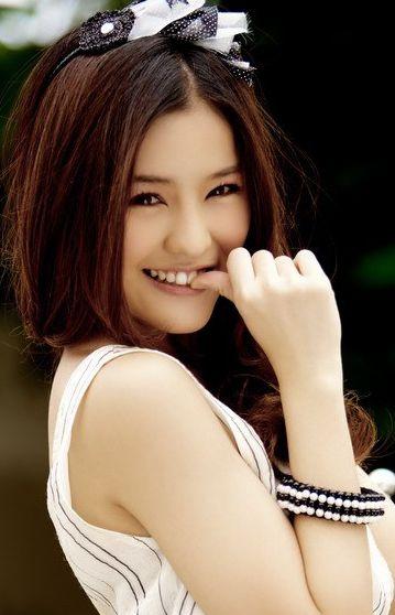 Top 10 người đẹp xứ Chùa Vàng sáng giá nhất hiện nay (7)