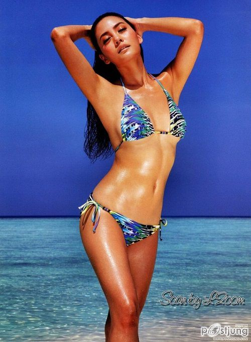 Bỏng mắt với thân hình sexy của mỹ nhân Janie Tienphosuwan (1)