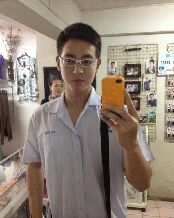 """James Ji lộ ảnh thời thơ ấu và sở thích """"ôm ấp nam nhân"""" (5)"""
