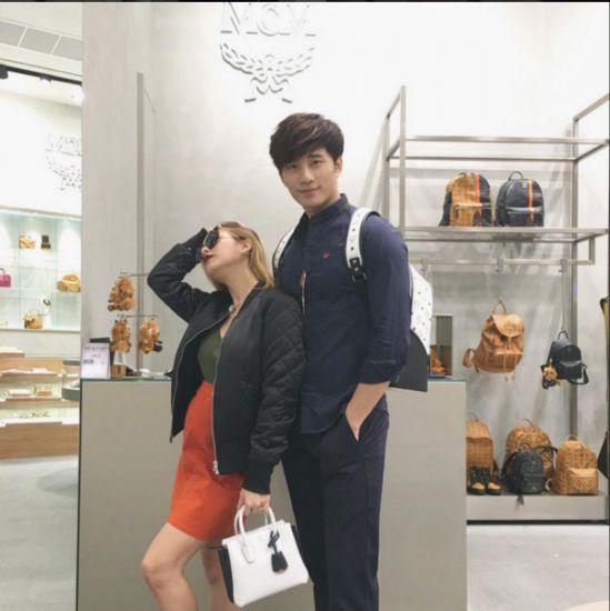 Ngắm gu thời trang sành điệu của loạt mỹ nhân Thái (35)