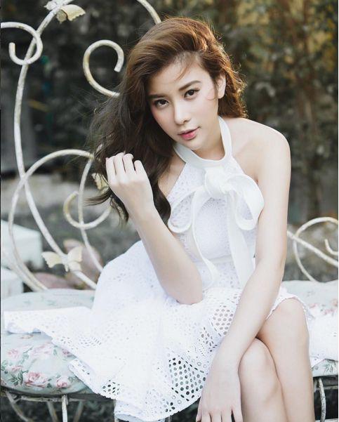 Ngắm gu thời trang sành điệu của loạt mỹ nhân Thái (8)