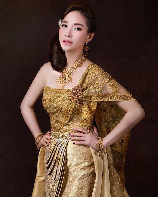 Ngắm mỹ nhân Thái đẹp xuất thần trong trang phục truyền thống (10)