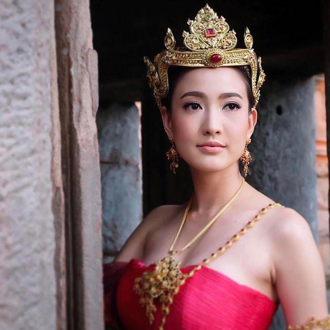 Ngắm mỹ nhân Thái đẹp xuất thần trong trang phục truyền thống (13)