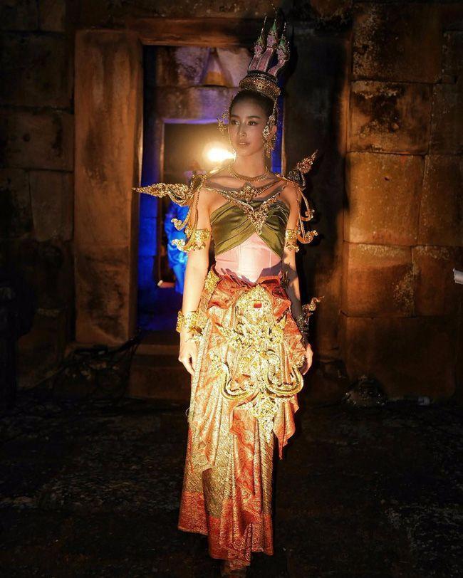 Ngắm mỹ nhân Thái đẹp xuất thần trong trang phục truyền thống (17)