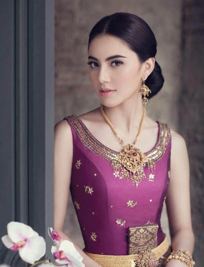 Ngắm mỹ nhân Thái đẹp xuất thần trong trang phục truyền thống (4)