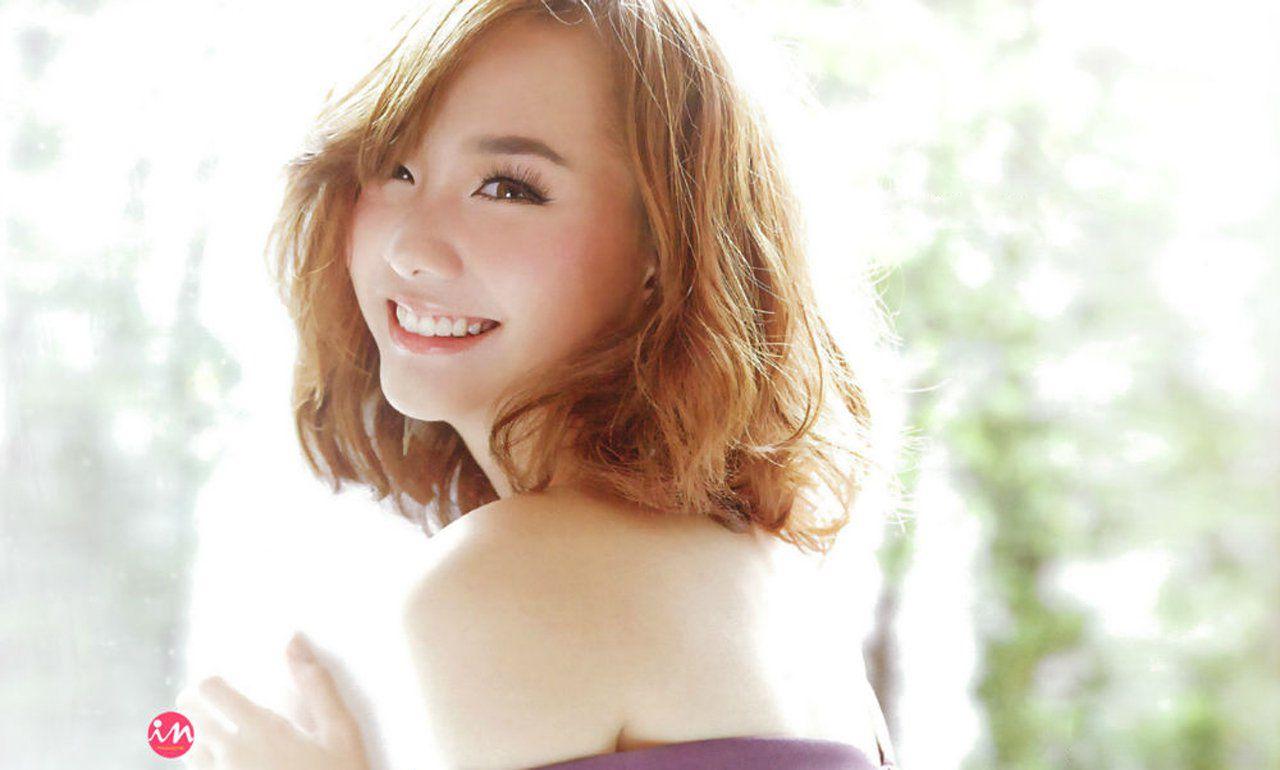 Ngắm nhan sắc tuyệt vời của 6 mỹ nhân 9X Thái Lan (10)