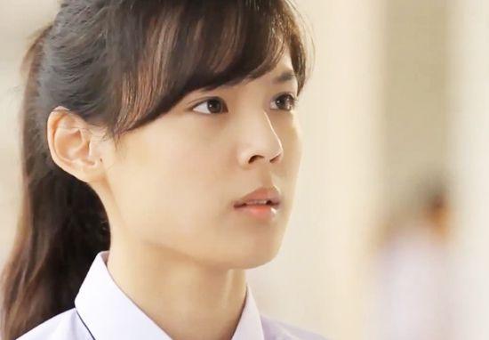 """Tìm hiểu về dàn trai xinh gái đẹp của """"Hoàng Cung"""" phiên bản Thái (2)"""