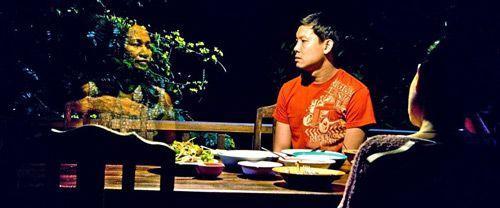 Lung Bunmi Raluek Chat - bộ phim ma đỉnh cao của Thái (3)
