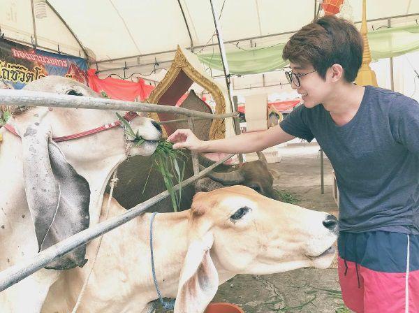 Chết mê chết mệt với vẻ điển trai của chàng đạo diễn Thái Lan (6)