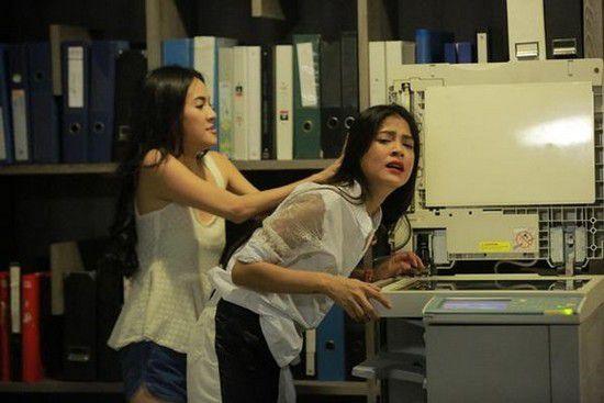 Cùng super soi nhặt những hạt sạn to đùng khiến phim Thái bị mất điểm (4)