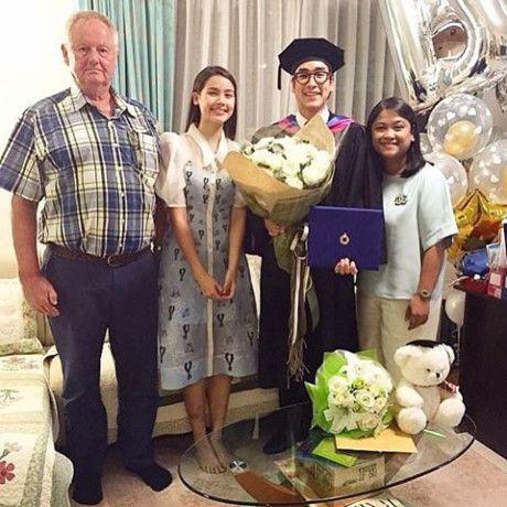 Ghen tị với tình yêu ngọt ngào của các mỹ nam Thái với bạn gái (8)