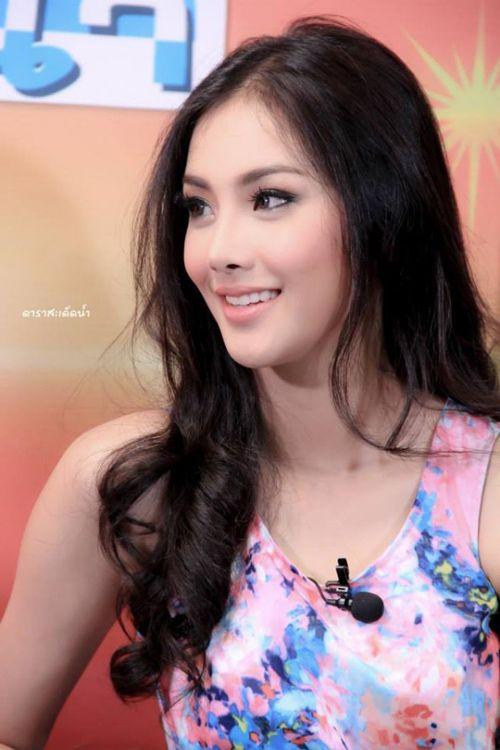 Hoa hậu Thái hóa hồ ly, á hậu Thái hóa ... chằn tinh (2)