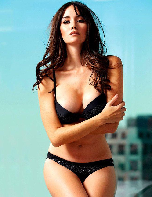 Nghẹt thở ngắm thân hình nóng bỏng của người đẹp Sara Malakul (1)