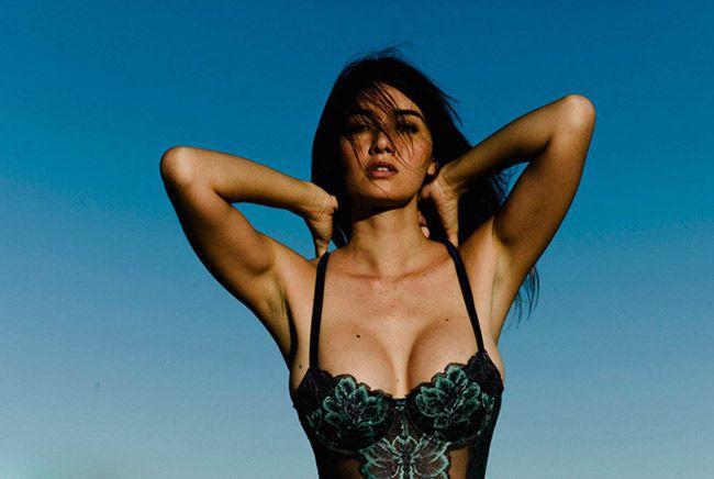 Nghẹt thở ngắm thân hình nóng bỏng của người đẹp Sara Malakul (21)