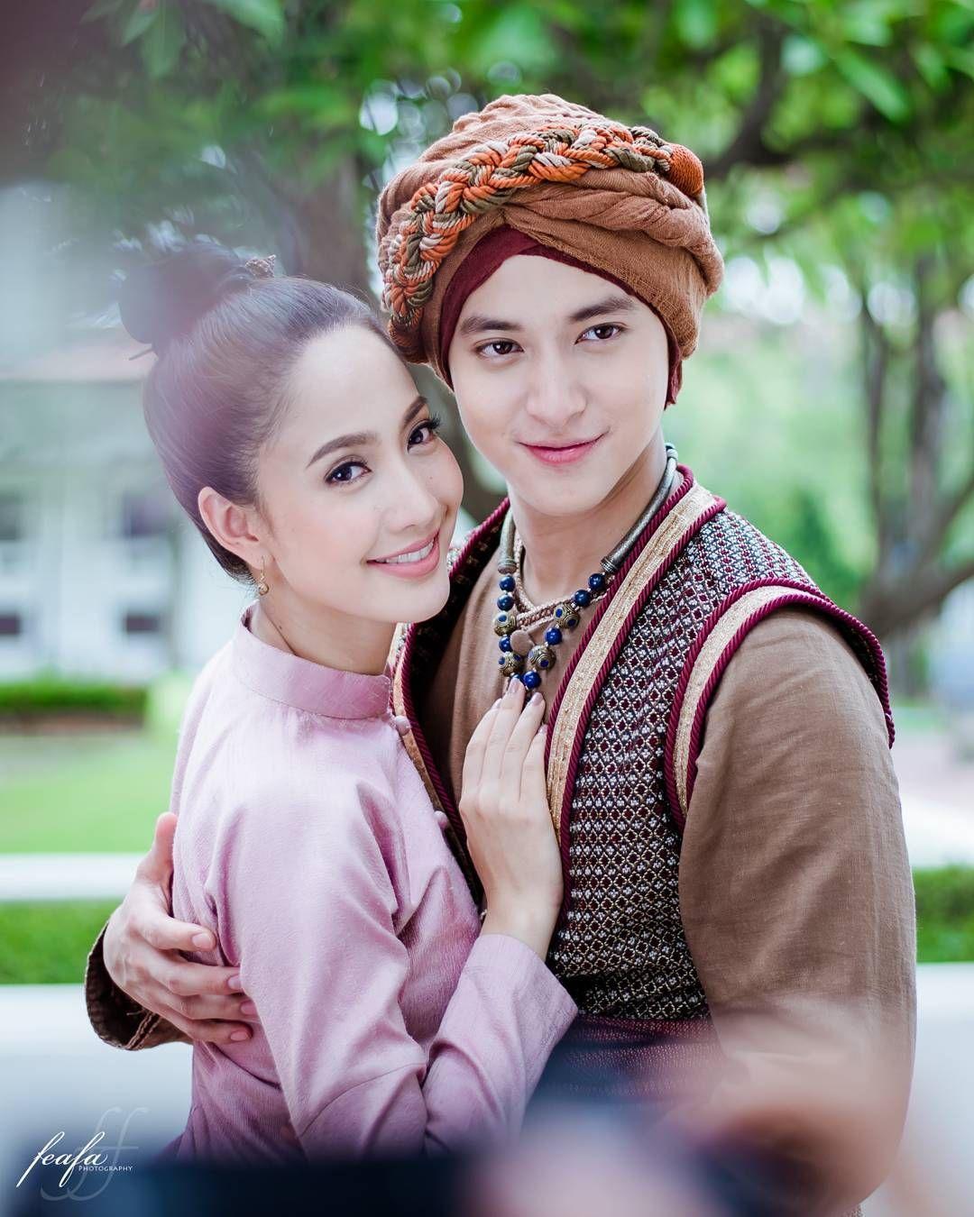 Những cặp đôi khiến mọt phim Thái mê mẩn năm 2017 (14)