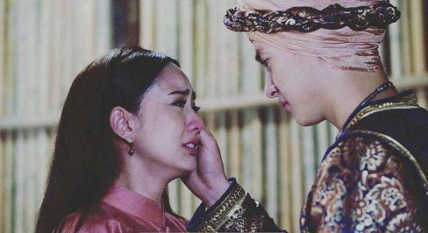 Taew Natapohn sánh đôi cùng James Ji trong phim cổ trang Neung Dao Fah Diew (12)