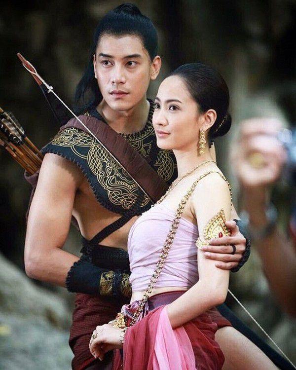 """Cuộc chiến rating gay cấn của hai """"ông trùm"""" phim truyền hình Thái (3)"""