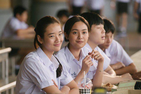 """Giới trẻ Việt háo hức với """"Bad Genius"""" khi """"gian lận là nghệ thuật"""" (5)"""