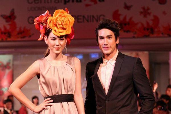 Lướt nhẹ profile của cặp đôi chính trong 'Vì Sao Đưa Anh Tới' bản Thái (2)