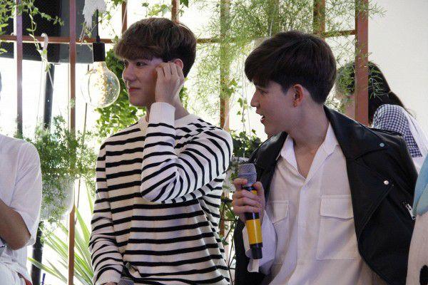 Both và Newyear siêu dễ thương ở buổi fanmeeting tuần qua tại Việt Nam (3)