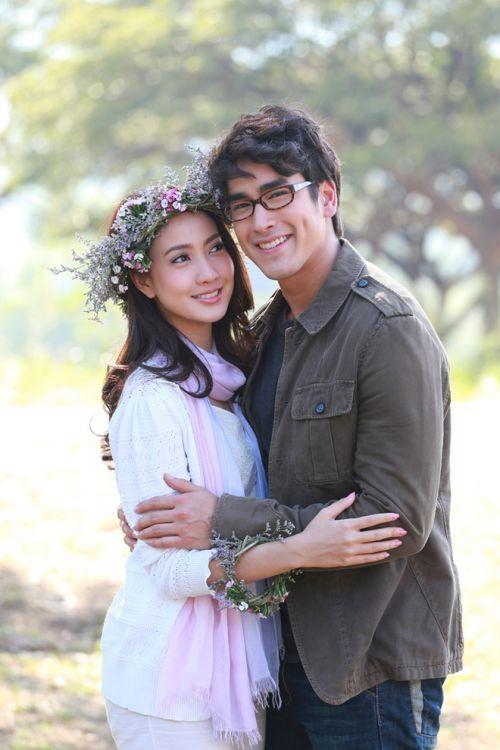 Những chuyện tình hợp đồng giả hóa thật trong phim Thái (1)
