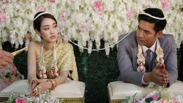 Những chuyện tình hợp đồng giả hóa thật trong phim Thái (5)