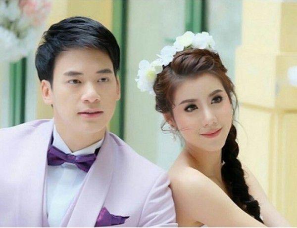 """Bie Sukrit và Esther Supreeleela tiếp tục sánh đôi trong dự án """"Phrom Mai Dai Likhit"""" (1)"""