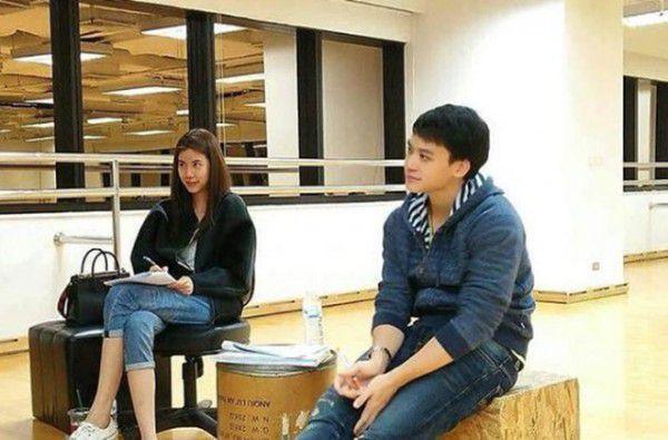 """Bie Sukrit và Esther Supreeleela tiếp tục sánh đôi trong dự án """"Phrom Mai Dai Likhit"""" (8)"""