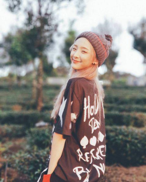 Hot girl Nene khoe ảnh check-in tại Việt Nam khiến fan Việt thích thú (1)