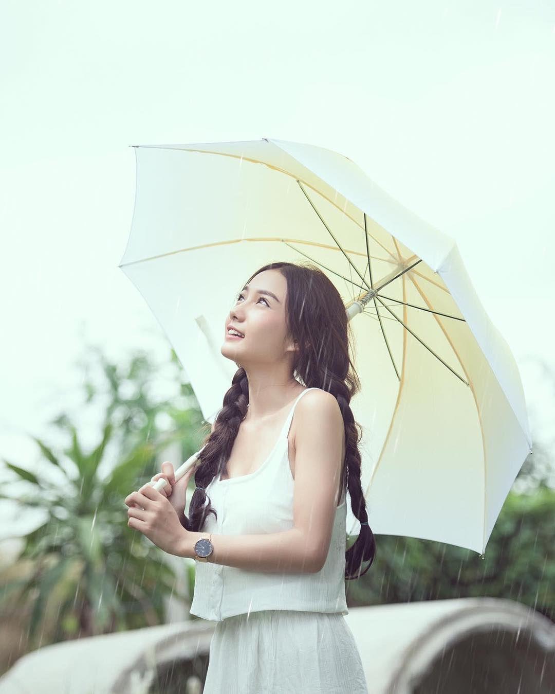 Namkhing Kanyapak: Nữ y tá xinh đẹp nhất Thái Lan gây sốt mạng xã hội (9)