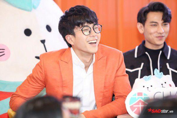Nonkul điển trai bên soái ca Isaac, fan Việt lại được dịp bỏng mắt (6)