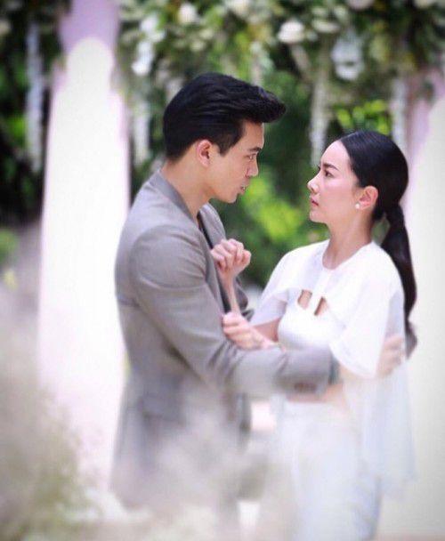 Phim Thái tháng 12: Cuộc đua rating đầy gay cấn của đài CH3 (2)