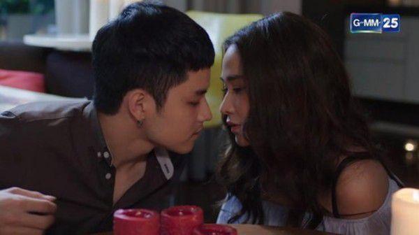 """Ploy Chermarn trở lại màn ảnh nhỏ trong phim mới """"Karm Ruk Krung Sud Tai"""" (9)"""