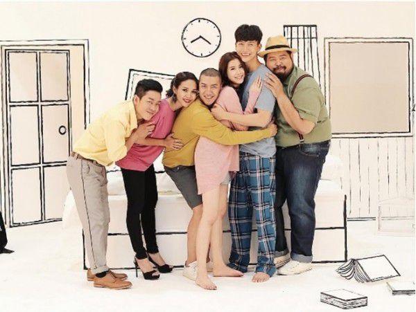 Poster Happy Ever After dính nghi án đạo nhái poster phim Hàn (2)