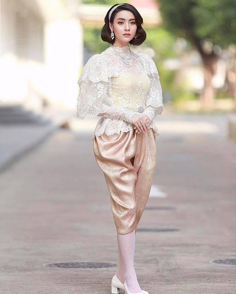 Ngắm dàn trai xinh gái đẹp Thái Lan trong trang phục truyền thống (11)