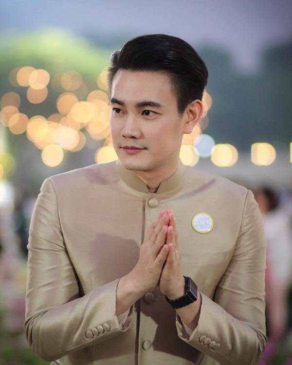 Ngắm dàn trai xinh gái đẹp Thái Lan trong trang phục truyền thống (17)