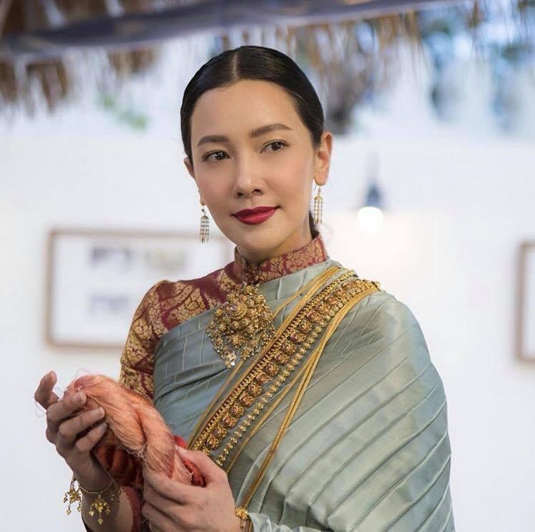 Ngắm dàn trai xinh gái đẹp Thái Lan trong trang phục truyền thống (7)