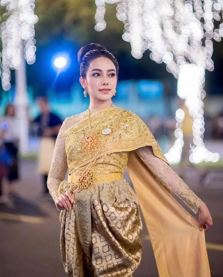 Ngắm dàn trai xinh gái đẹp Thái Lan trong trang phục truyền thống (9)