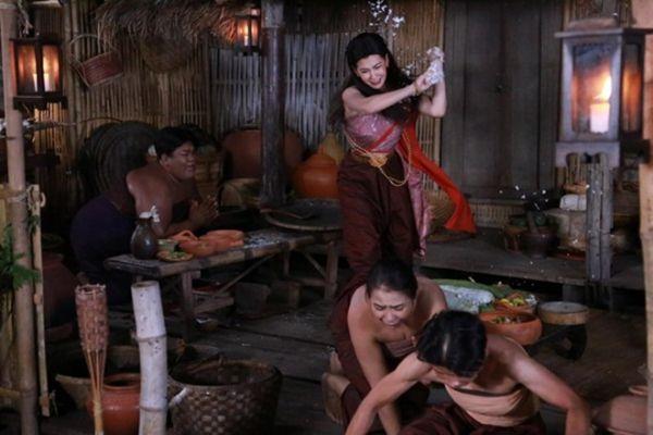 Ngược Dòng Thời Gian Để Yêu Anh khiến mọt phim Thái mê mẩn (2)
