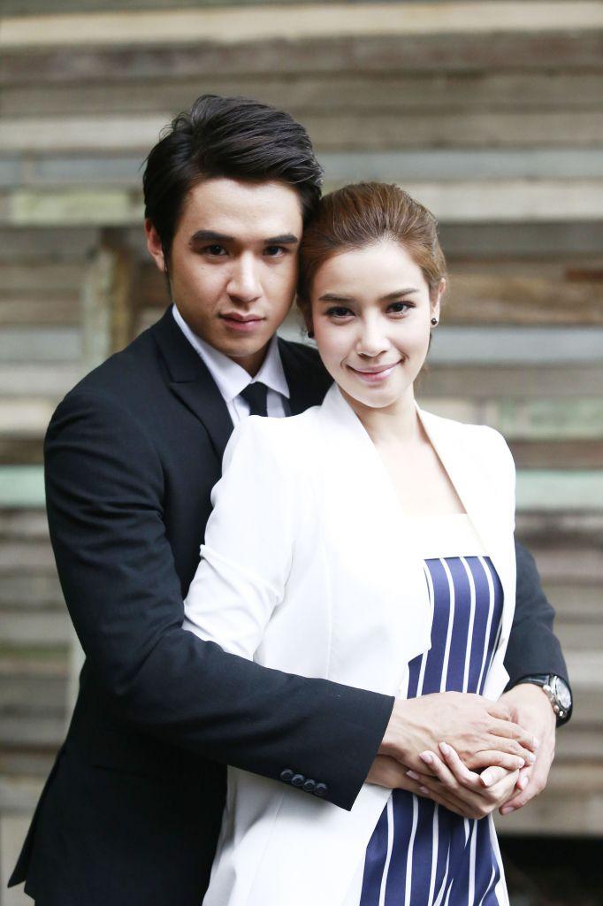Nơi nào có em: Phim Thái gây bão với chuyện tình đầy trái ngang (2)