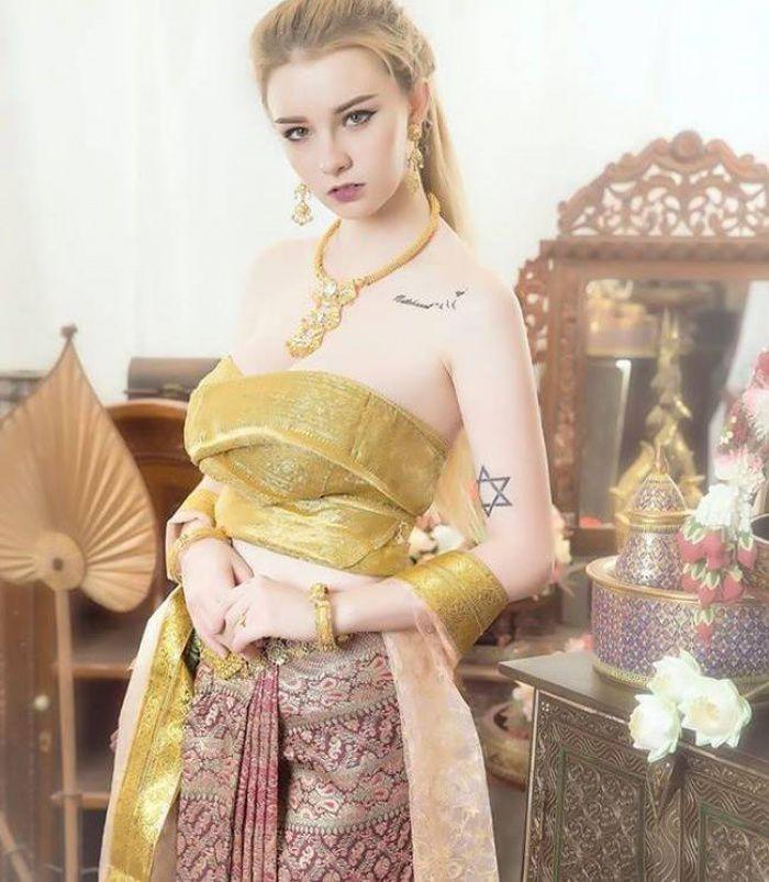 """Nữ thần Thái Lan """"Jessie Vard"""" tung bộ ảnh nóng đến nghẹt thở tuổi 18 (3)"""