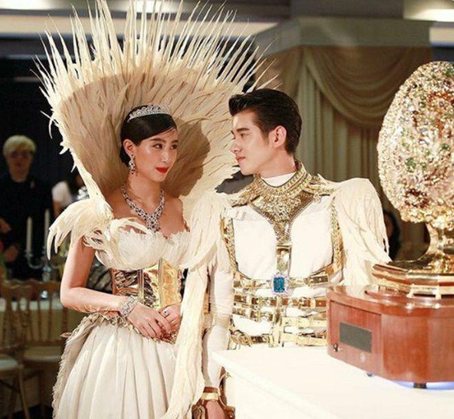 Anne Thongprasom lấn át Mario Maurer & Mint Chalida trong sự kiện mới (4)