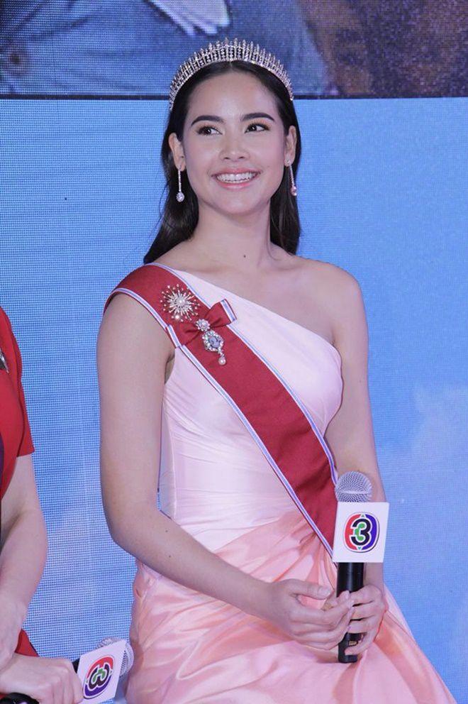 Likit Ruk - The Crown Princess: Bom tấn Thái Lan 2018 của đài CH3 (7)