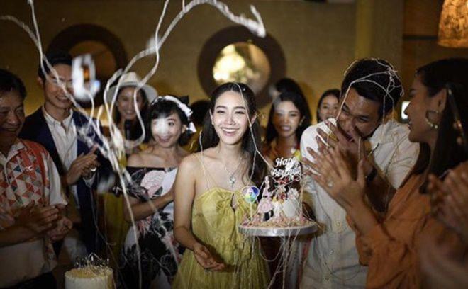 Min Pechaya quyến rũ, bạn trai soái ca khiến dân tình điên đảo tại lễ sinh nhật (8)