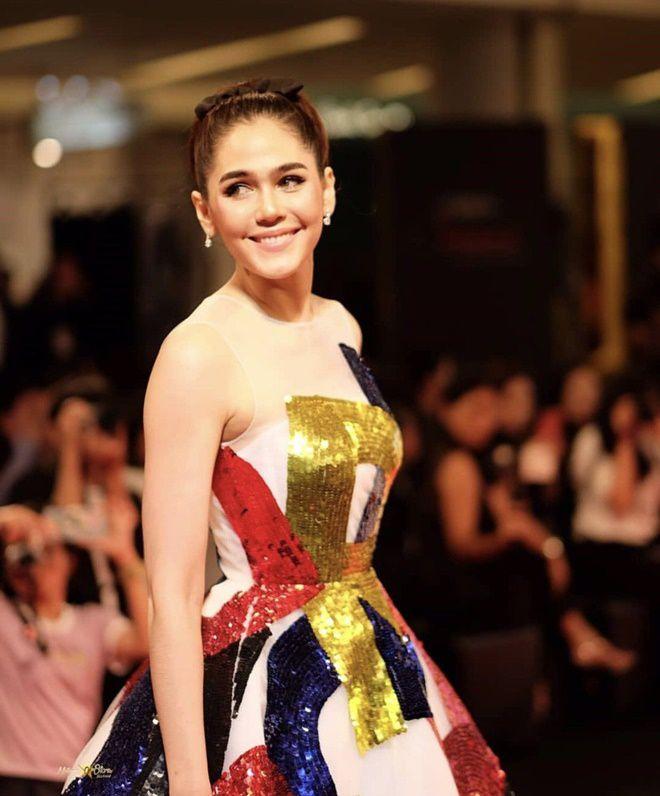 Mỹ nhân Thái nào sẽ cùng Chompoo Araya tham dự LHP Cannes 2018? (3)