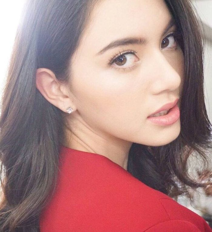 Tất tần tật về ma nữ Thái Lan Mai Davika Hoorne (profile, phim ...) - 4