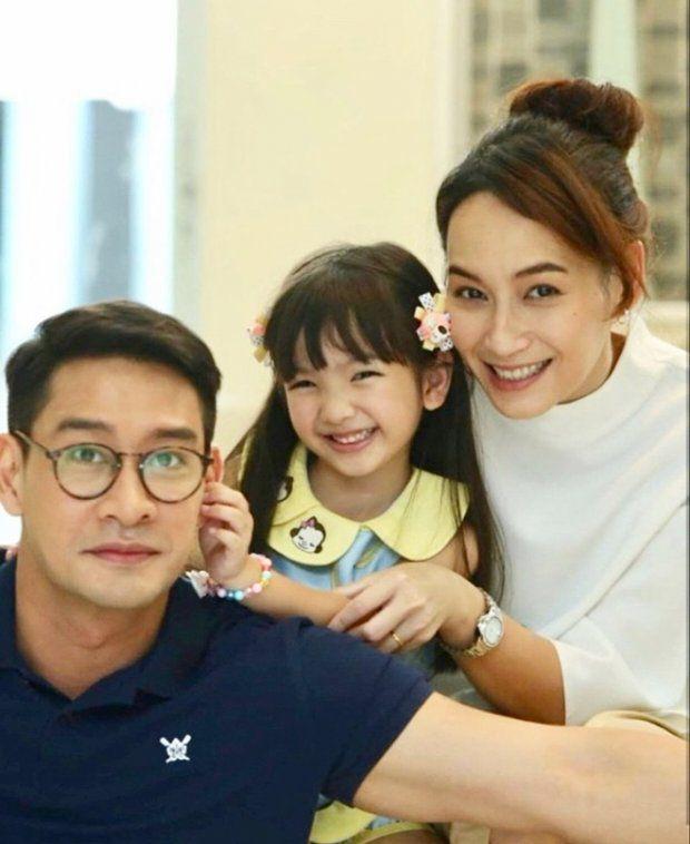 Bee Namthip tái hợp Pong Nawat trong dự án phim Mia 2018 (Người vợ) (6)