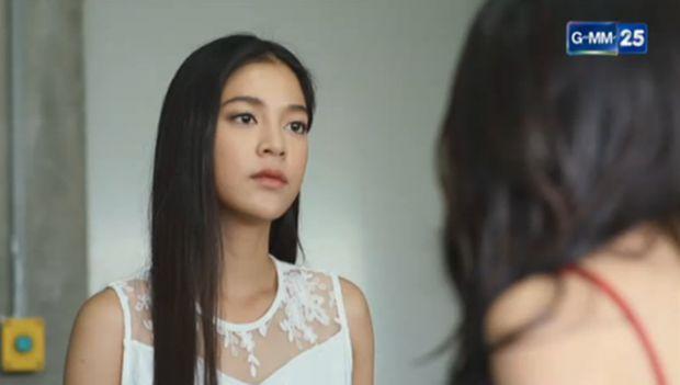 Giật mình với bộ ảnh táo bạo & sexy của ác nữ Lee (Apinya Sakuljaroensuk) (2)