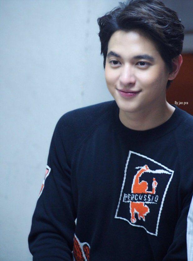 """""""Hoàng tử nụ cười Thái Lan"""" James Jirayu: Nỗi khiếp sợ của bạn diễn nữ (2)"""